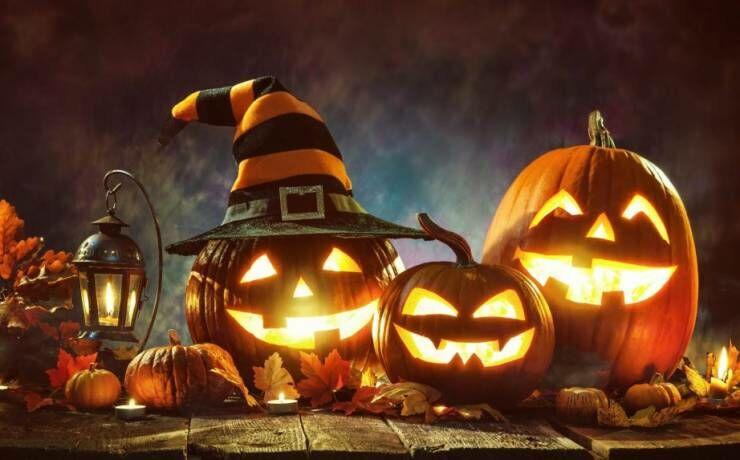 Parenthese organise Halloween